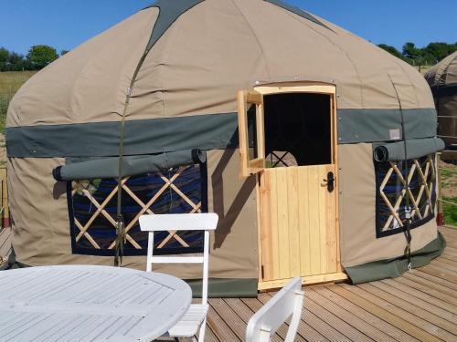 Looe Yurts