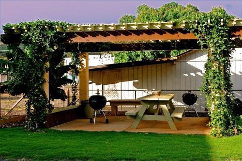 The West Inn Kauai - Waimea, HI 96796