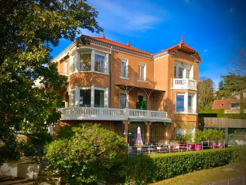 Villa Elisa M - Hôtel - Aubenas