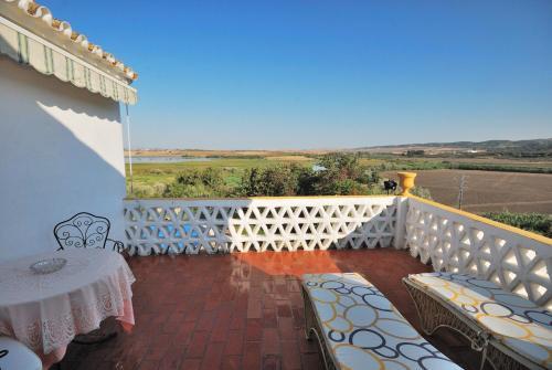 Habitación Doble Superior con terraza B&B Hacienda el Santiscal 15