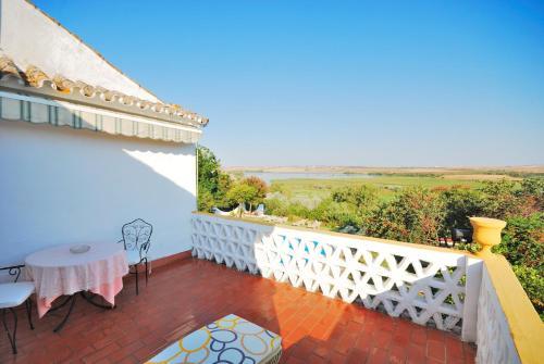 Habitación Doble Superior con terraza B&B Hacienda el Santiscal 16
