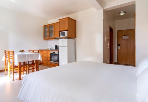 Acorsonho Apartamentos Turisticos - Photo 4 of 36