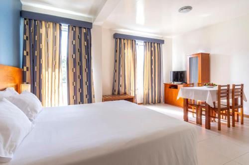Acorsonho Apartamentos Turisticos - Photo 3 of 36