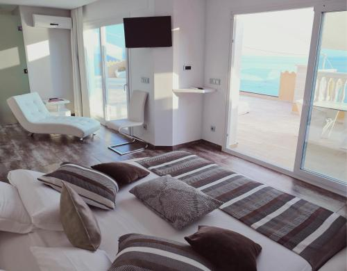 Penthouse Suite - single occupancy Vistabella 58