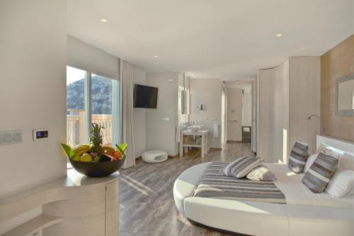 Penthouse Suite - single occupancy Vistabella 51