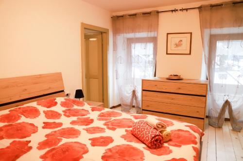 COL DE RIF Appartamento Storico nelle Dolomiti - Apartment - Falcade