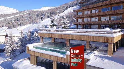 . Alpen Village Hotel