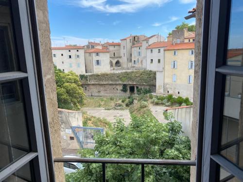 Hôtel particulier vue anciennes arènes romaines - Location saisonnière - Béziers