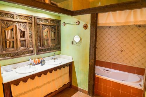 Rustic Double Room Hotel Spa La Casa del Rector 6