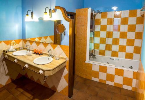 Rustic Double Room Hotel Spa La Casa del Rector 15