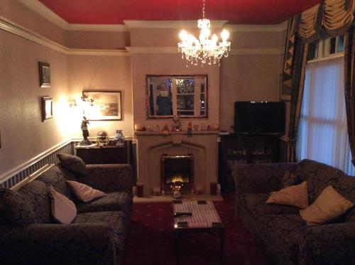 White Lodge Guest House - Photo 3 of 22