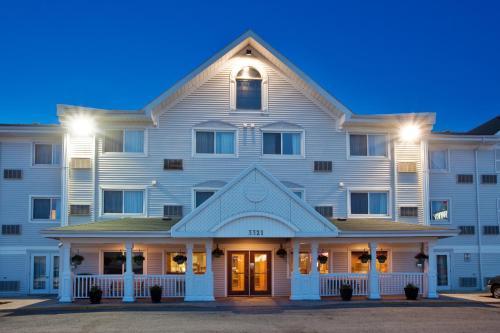 Country Inn & Suites By Radisson Regina Sk - Regina, SK S4Z 1A4