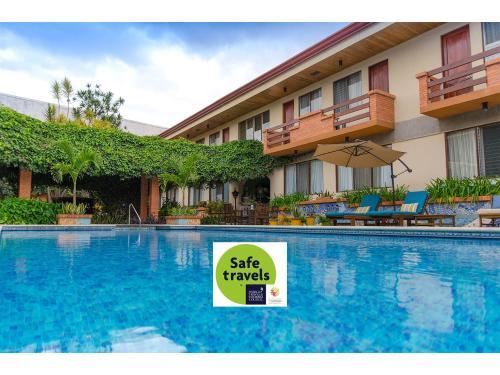 Hotel La Sabana Hotel Suites Apartments