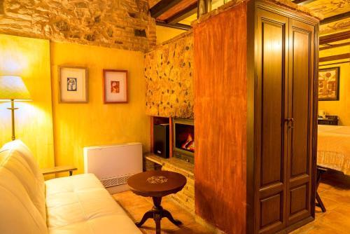 Superior Deluxe Double Room  Hotel Spa La Casa del Rector 9