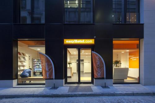 . easyHotel Brussels City Centre