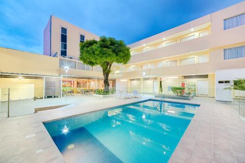 . Hotel Arizona Suites