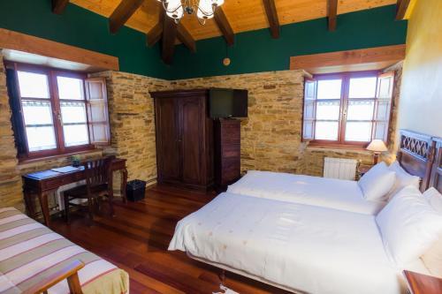Doppel- oder Zweibettzimmer Casa do Merlo 17