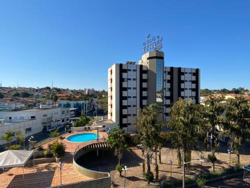 . HD Plaza Hotel