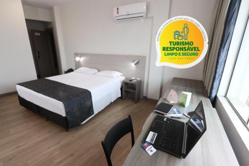 . Hotel Valerim Itajaí / Navegantes
