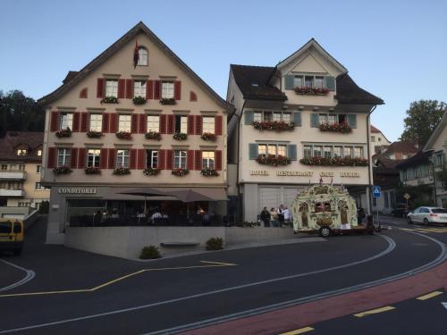 . Café-Conditorei Hotel Huber