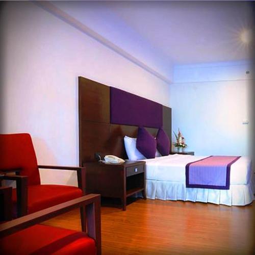 Karnmanee Palace Hotel photo 3