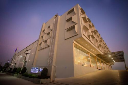 Citadel Hotel By Vinnca