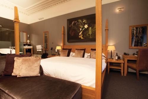 Hotel Du Vin Cheltenham - Photo 2 of 62