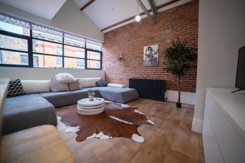 Hat District Apartments Central Luton by Opulent