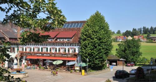 . Hotel Hirschen