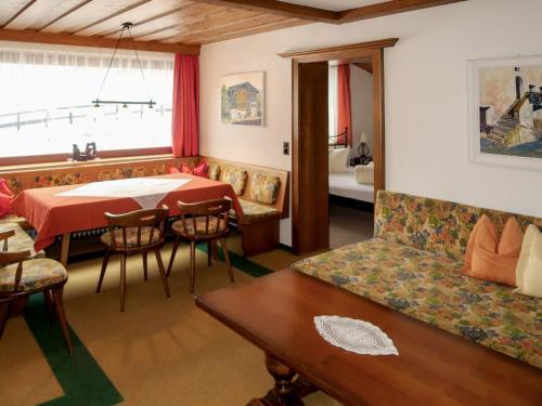Haus Martina (PFD120) - Apartment - Pfunds