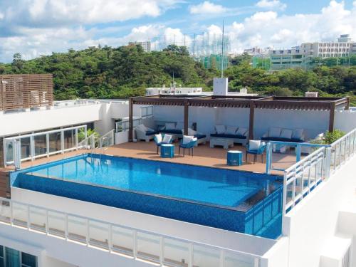 . Aqua Palace Chatan by Coldio Premium