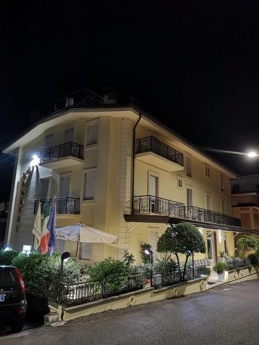 . Hotel Pompei