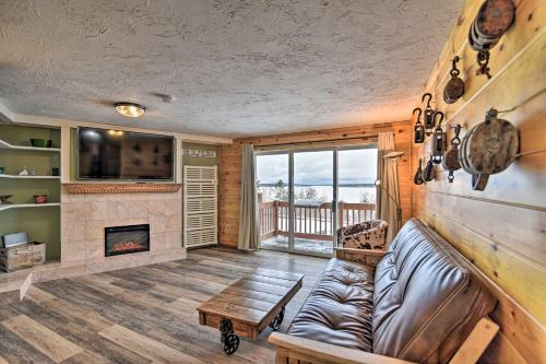 Rockwood Condo with Deck and Views of Mt Kineo! - Apartment - Rockwood