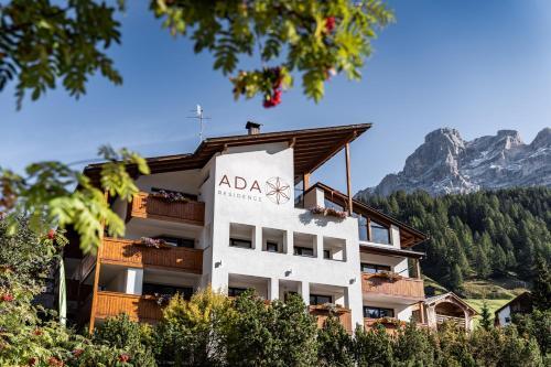 Garnì Residence Ada - Hotel - San Cassiano
