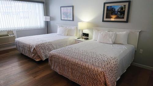 Lake Cadillac Resort - Hotel - Cadillac