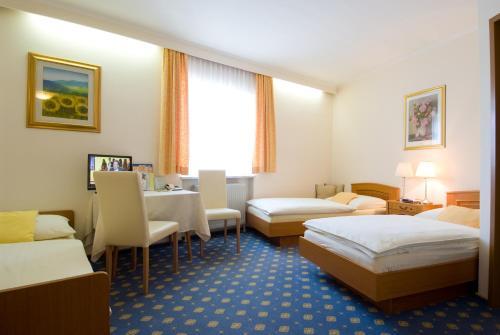 Фото отеля Hotel Biedermeier Hof