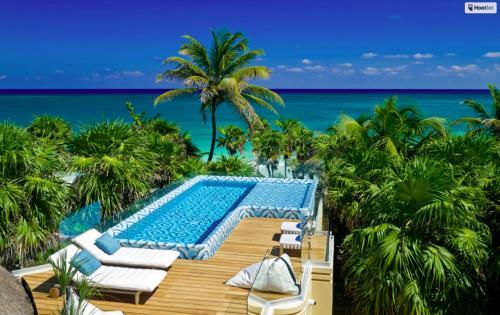 . All inclusive beachfront villa in Sian Kaan