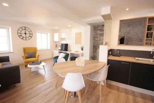 L'Oriel Appartement 3 chambres - Apartment - Ammerschwihr