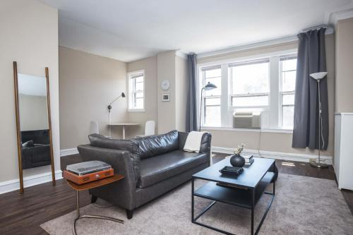 . Historic HP 1BR with Fast Transit to UChicago & DT by Zencity