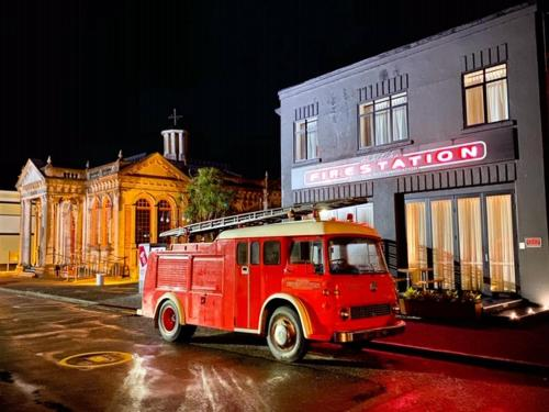 Hokitika Fire Station Boutique Accommodation - Hotel - Hokitika