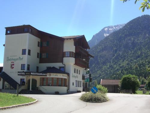 . Salzburgerhof Jugend- und Familienhotel