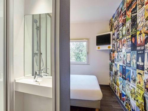 . hotelF1 Crosne Créteil