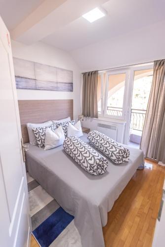. Apartment Danica
