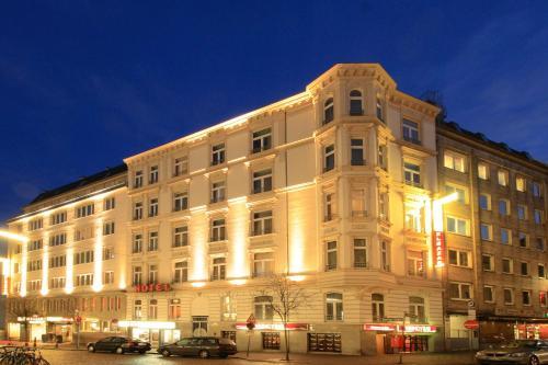 Novum Hotel Eleazar City Center photo 20