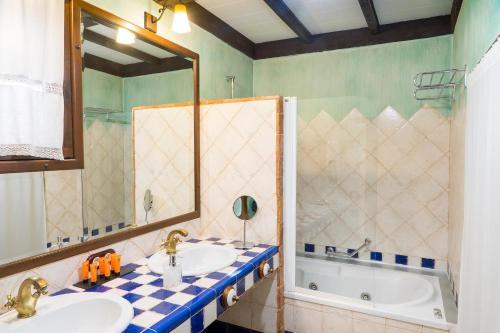 Rustic Double Room Hotel Spa La Casa del Rector 19