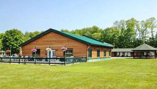 Adirondack Lodge Old Forge - Accommodation