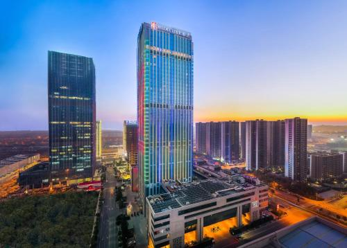 . HUALUXE Wuxi Taihu, an IHG Hotel