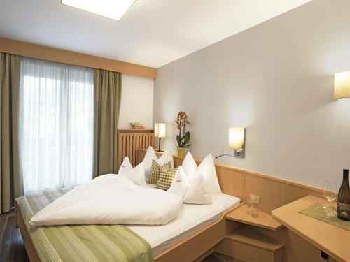 Hotel Sonnenhof - Marlengo