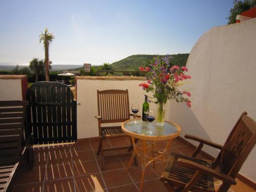 Habitación Doble con balcón y vistas al mar - 1 o 2 camas Hotel Sindhura 17