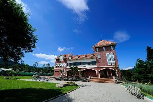 Schokolake Country House